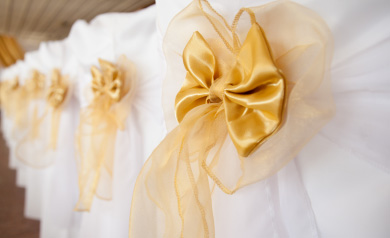 how to tie a wedding chair bow